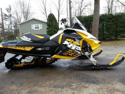 Picture of 2011 Ski-Doo MXZ 800
