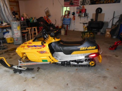 Picture of 2000 Ski-Doo MXZ 500
