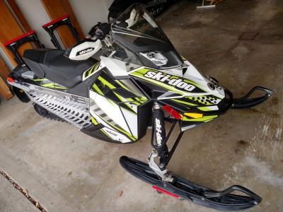 Picture of 2011 Ski-Doo MXZ 800