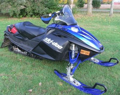 Picture of 2004 Ski-Doo REV 800