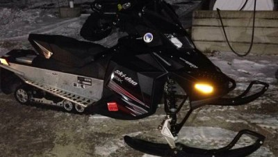 Picture of 2010 Ski-Doo GSX 550