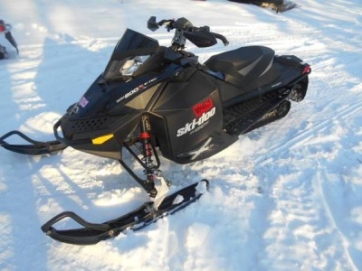 Picture of 2011 Ski-Doo MXZ X 800